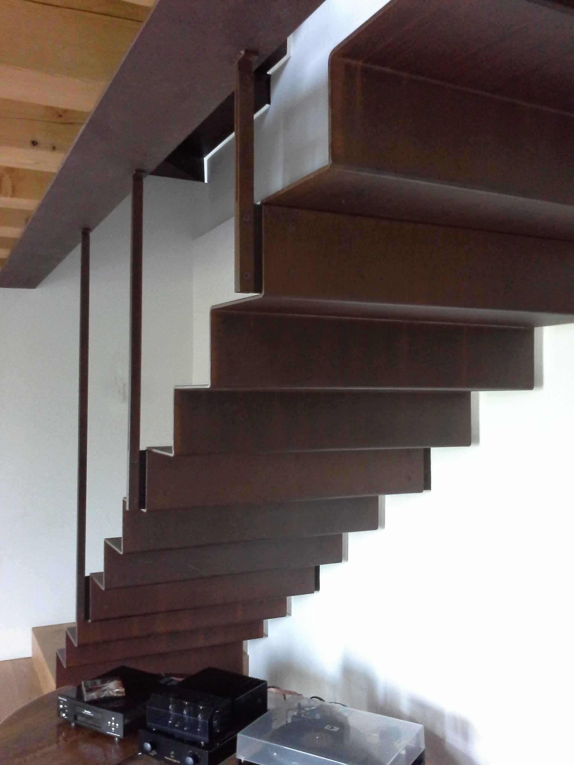 Scala in acciaio corten Spiral stairs Pinterest