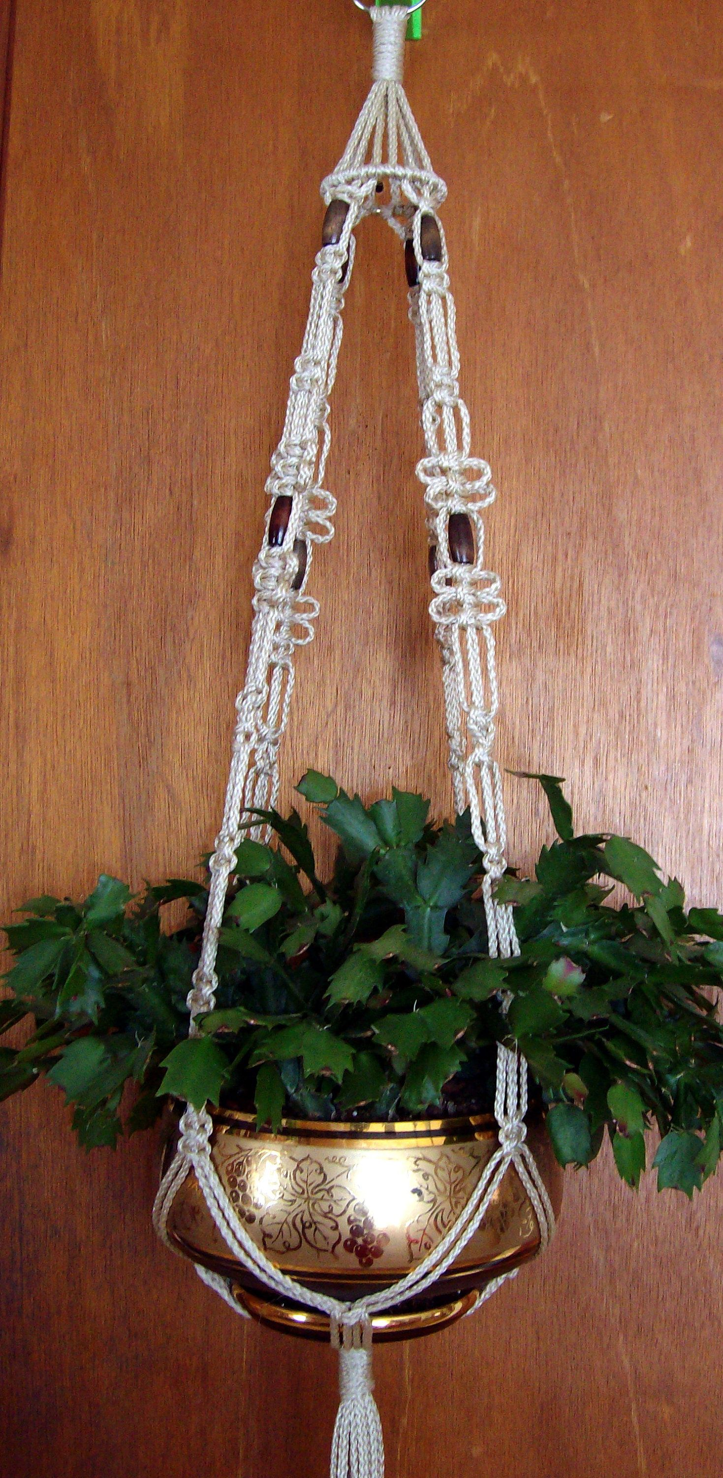 Macrame Plant Hanger Pearl Beige With Walnut Beads / Hanging Planter /  Flower Pot Holder /