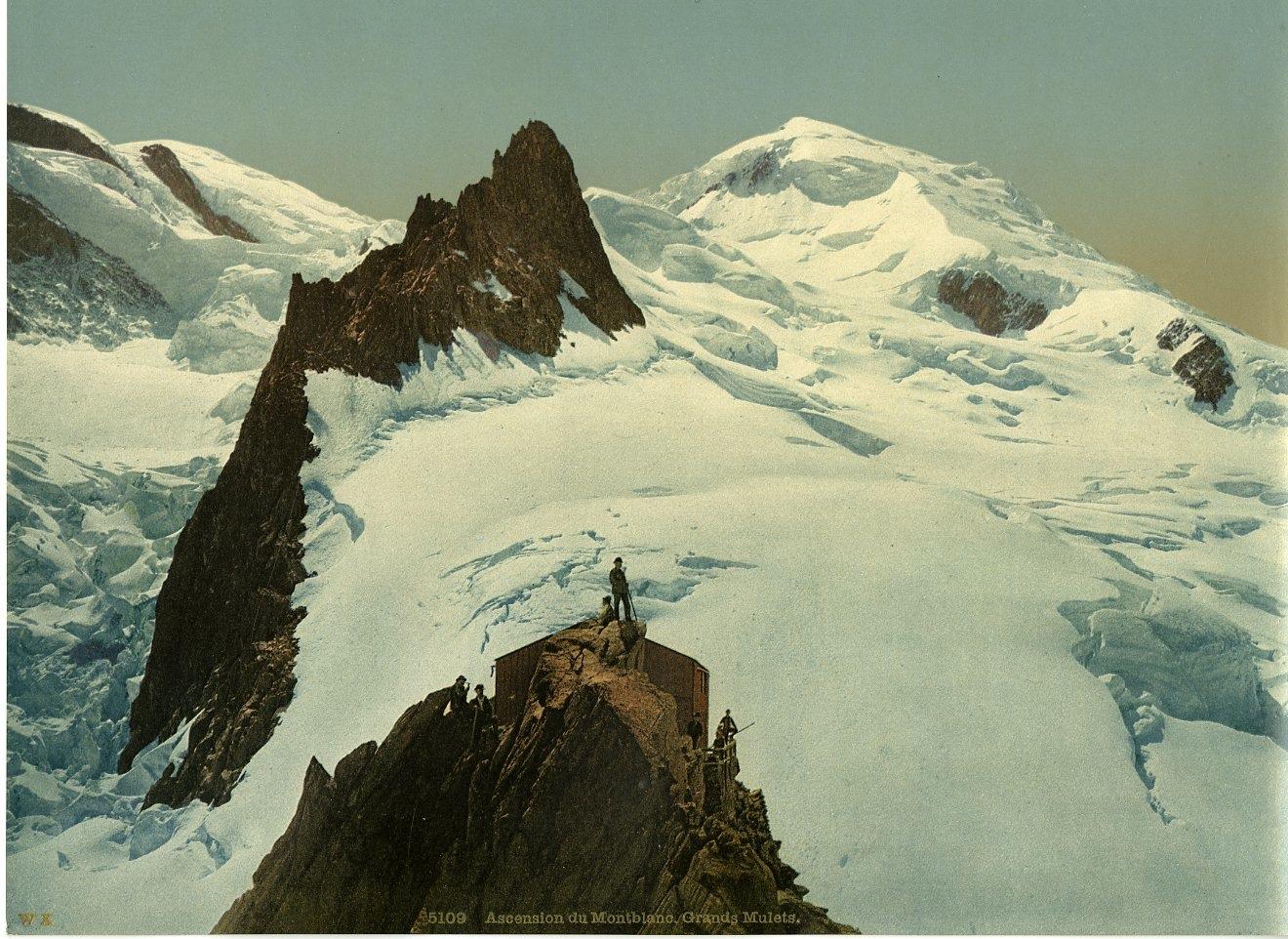 Vallee De Chamonix Cabane Des Grands Mulets Et Le Montblanc Wk Vintage Photoch Chamonix Chamonix Mont Blanc Vallee