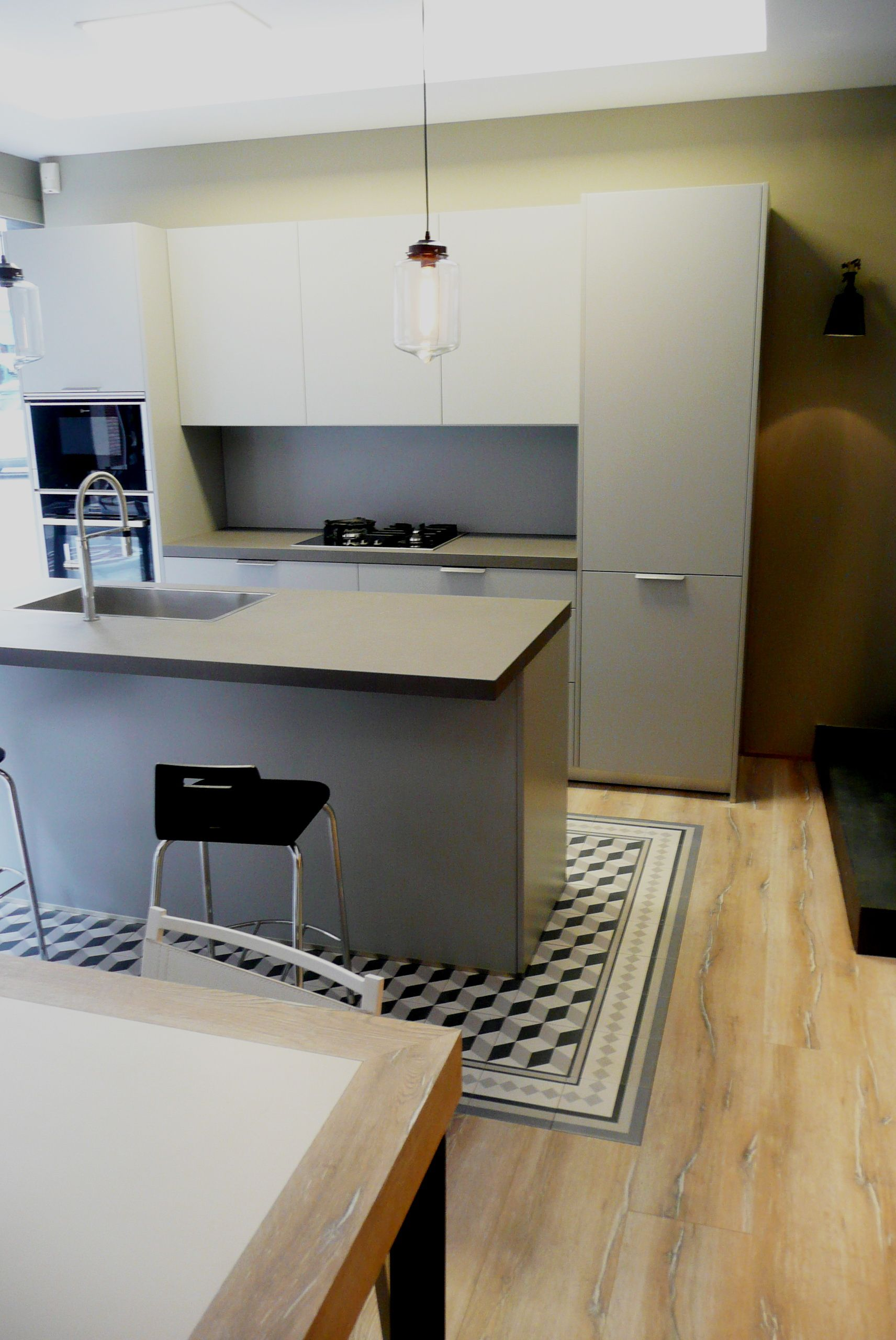 Santos cocina en color gris piedra modelo ariane2 con - Cocina suelo gris ...