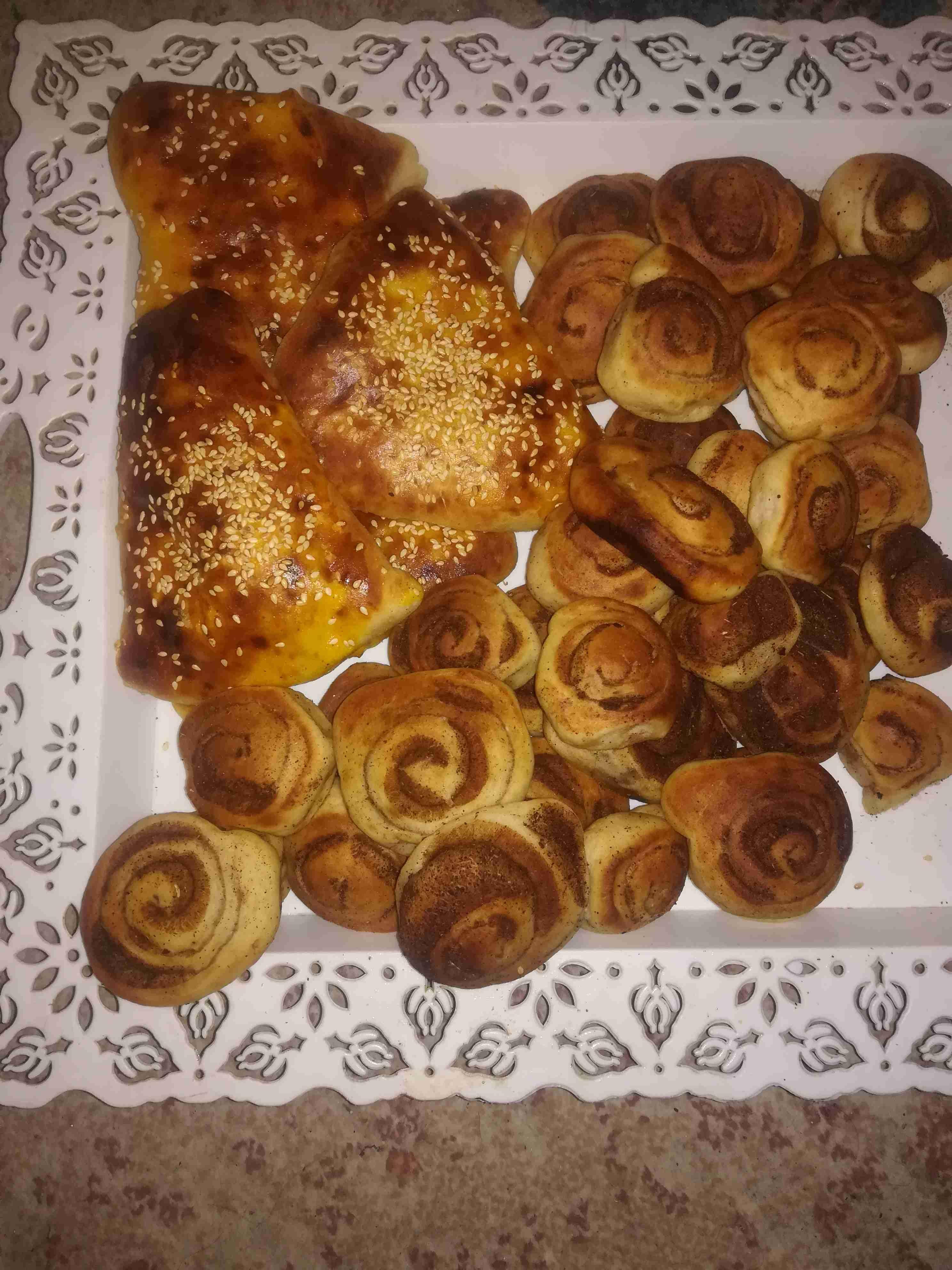 معجنات البطاطا ولفائف القرفه ملكة المعجنات زاكي Sweet Pastries Best Dishes Sweet
