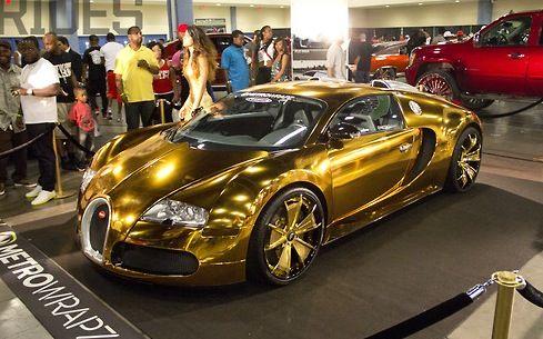 flo rida drives a 2 7 million gold bugatti insane i didn 39 t even realiz. Black Bedroom Furniture Sets. Home Design Ideas