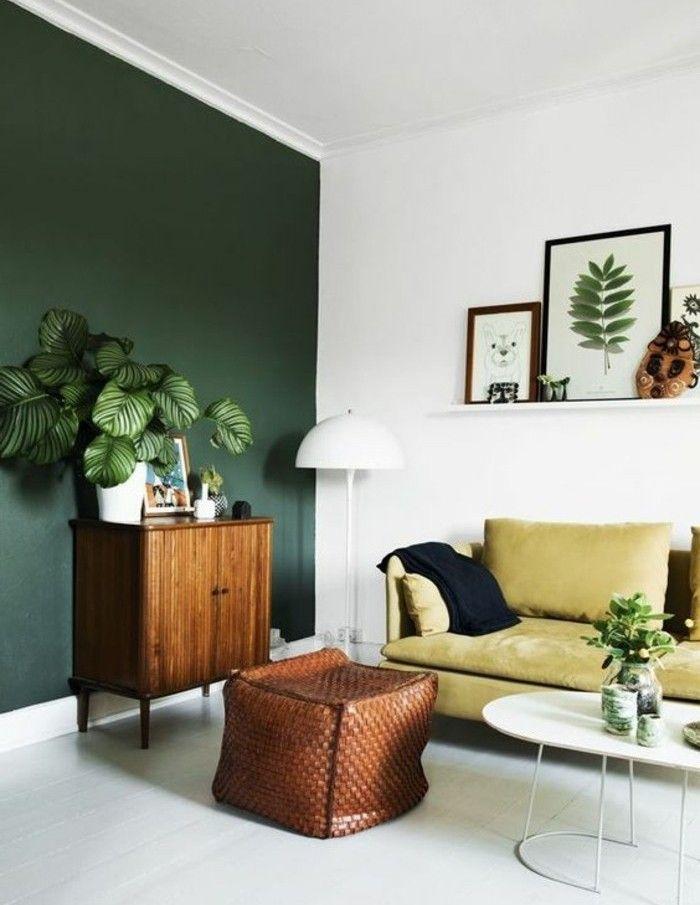 Une Idee Peinture Salon Esprit Naturel Mur En Vert Et Blanc Deco Florale  Canape Jaune Table