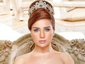صورة مي عز الدين بملابس البحر تكشف عن وشمها الجديد Layalina Beauty Stars Fashion