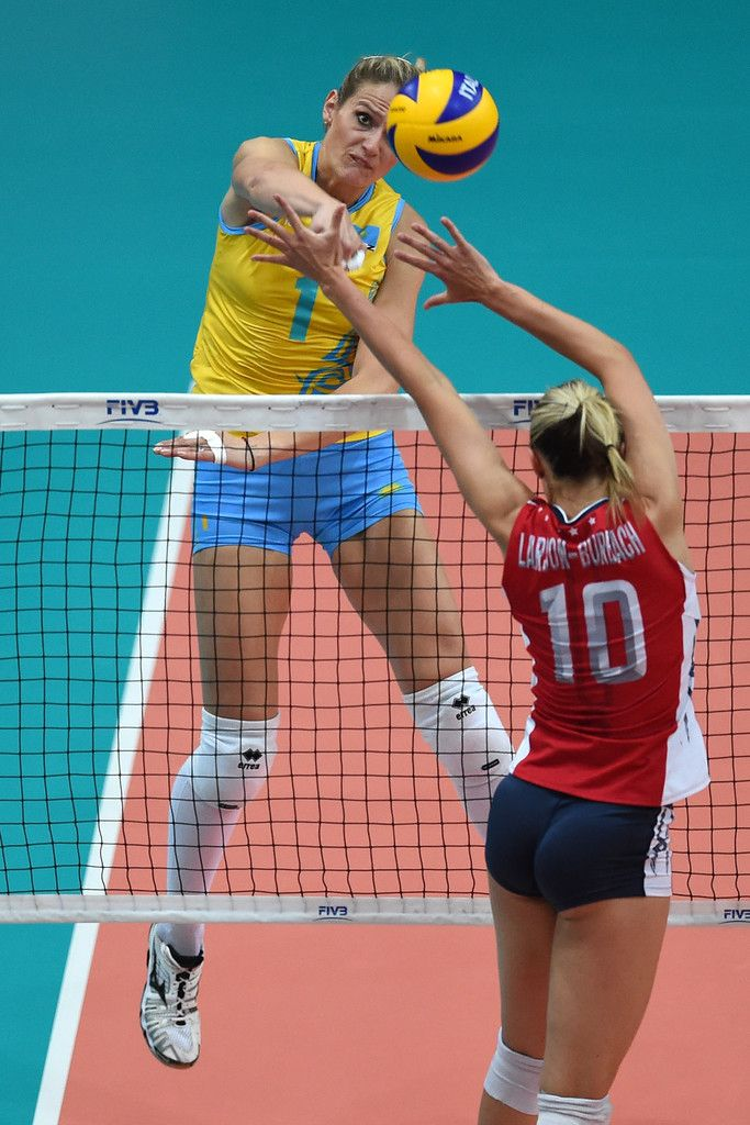 Pin By Lou Pierce On Jordan Larson Women Volleyball Volleyball Players Female Athletes