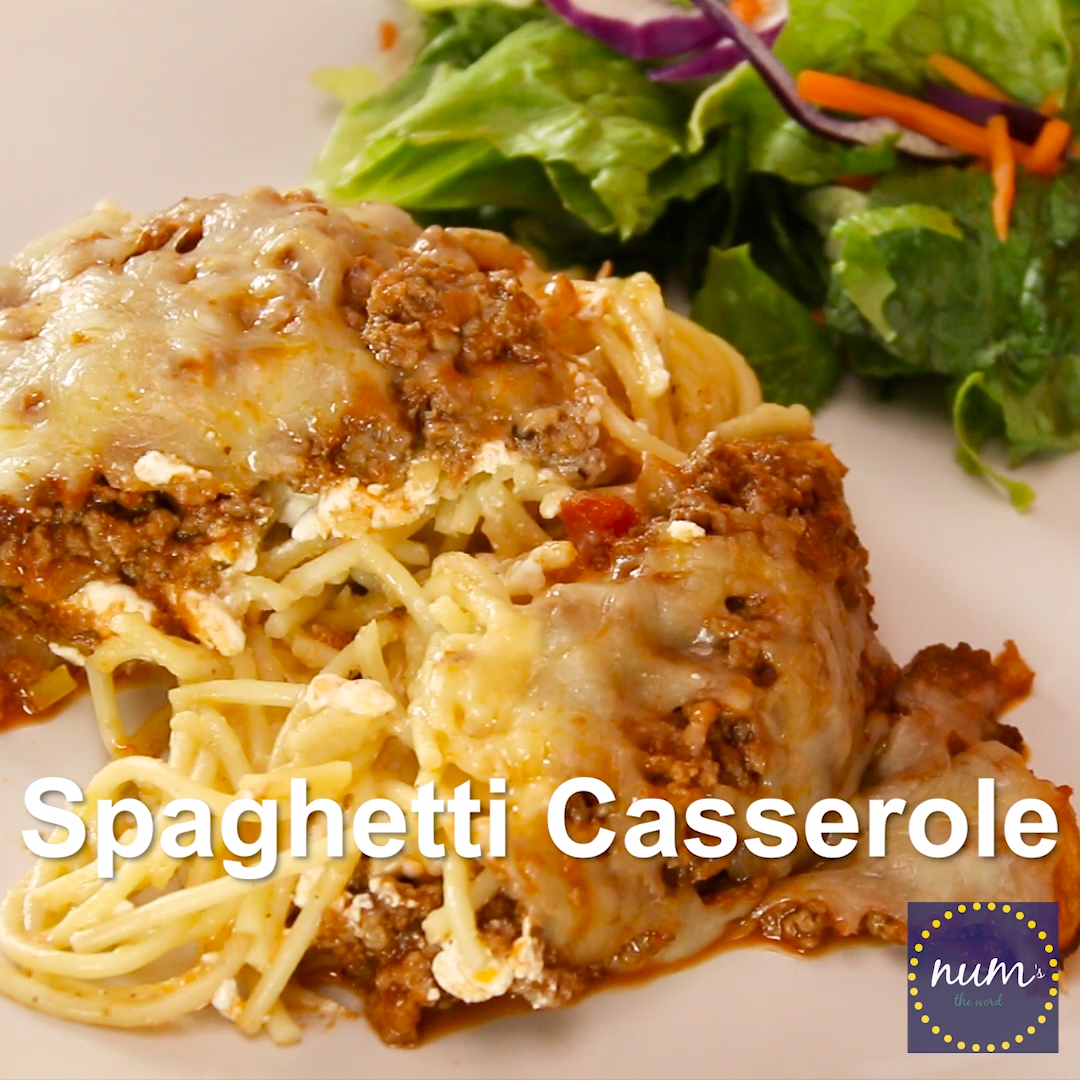 *VIDEO* This spaghetti casserole is an easy weeknight dish that also make a great freezer meal. Simple, kid friendly and delicious. Plus, it reheats well too!