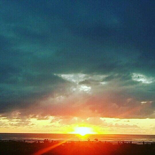 amanhecer na Praia Brava