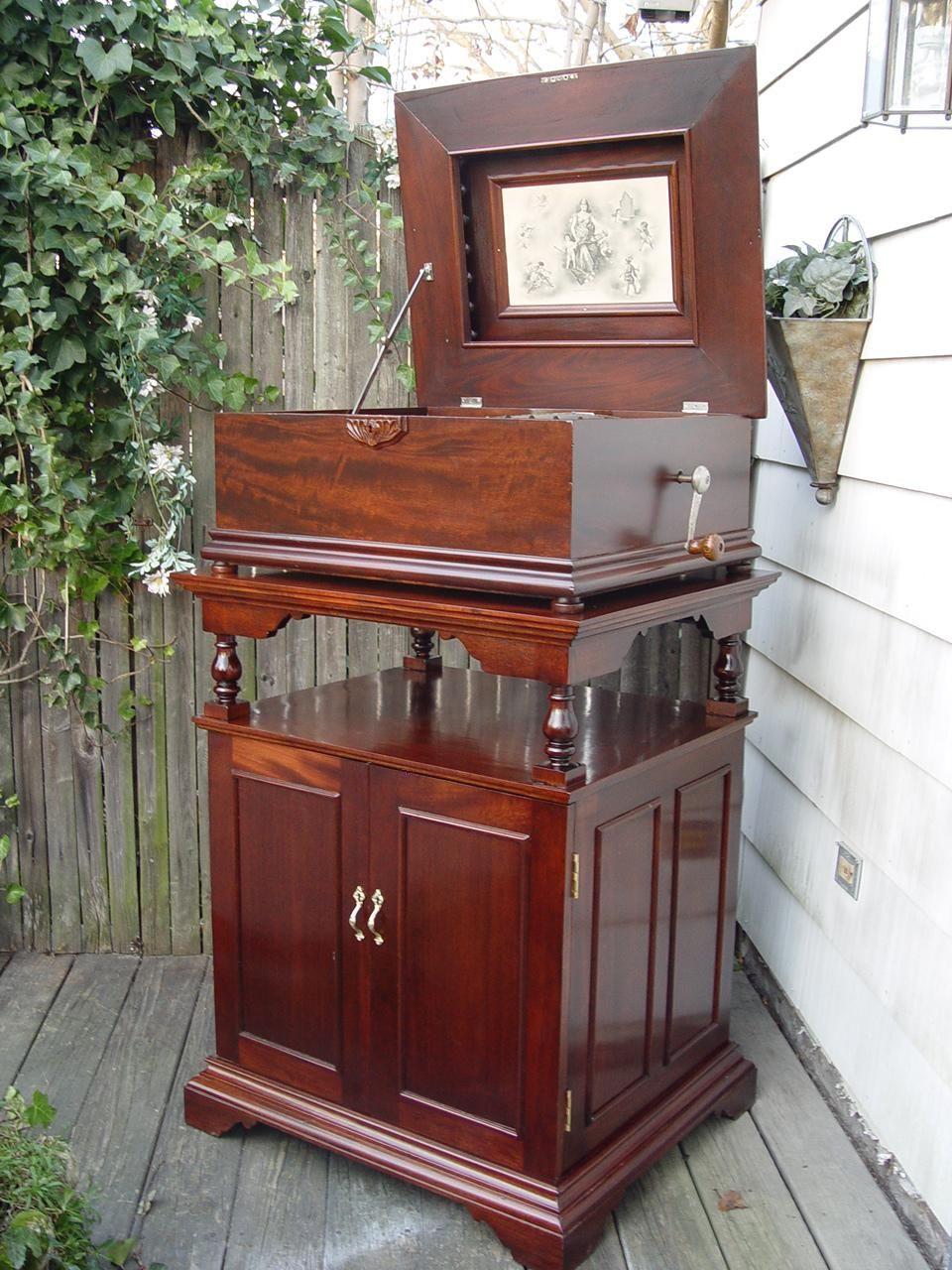 Regina Music Box Official Site To Buy Sell Repair Restoration Of Any Antique Regina Music Box Al Meekins Antiq Antique Music Box Music Box Music Machine