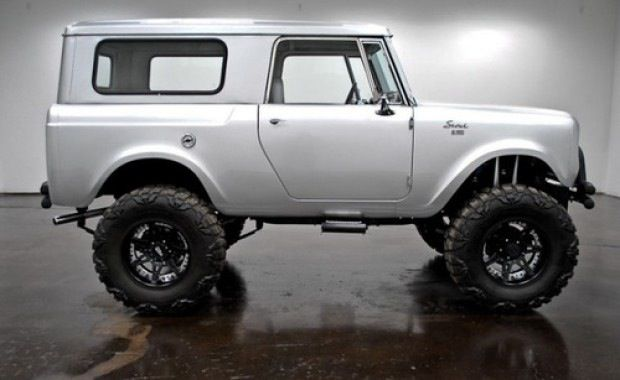 International Scout with the look of an Icon