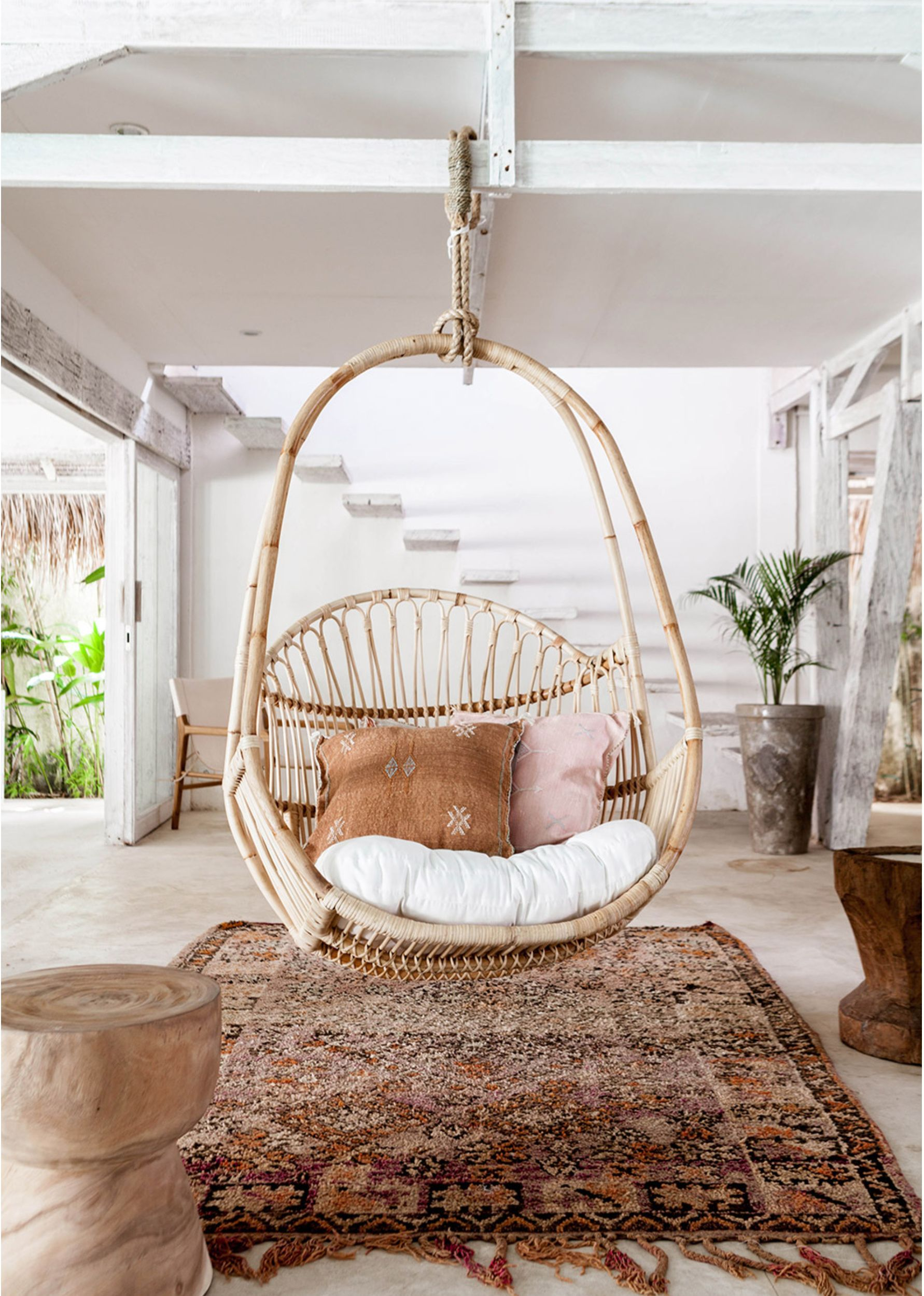17 Stylish Boho Egg Chairs for Chic Patio Vibes - Pursuit ...