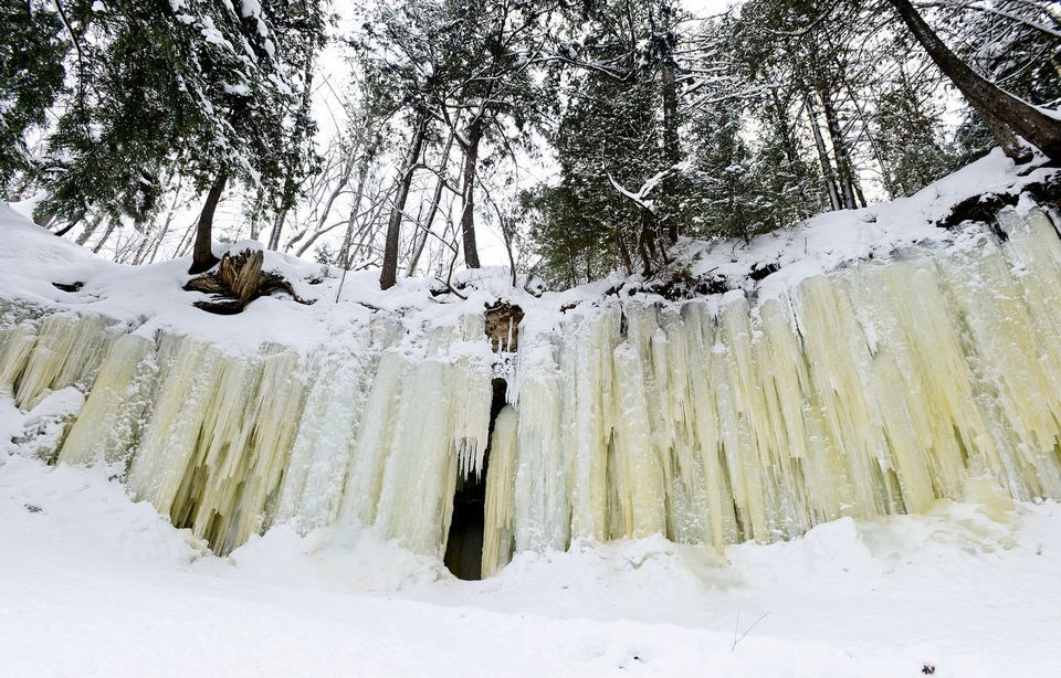 A look inside the stunning Eben Ice Caves in Michigan's ...