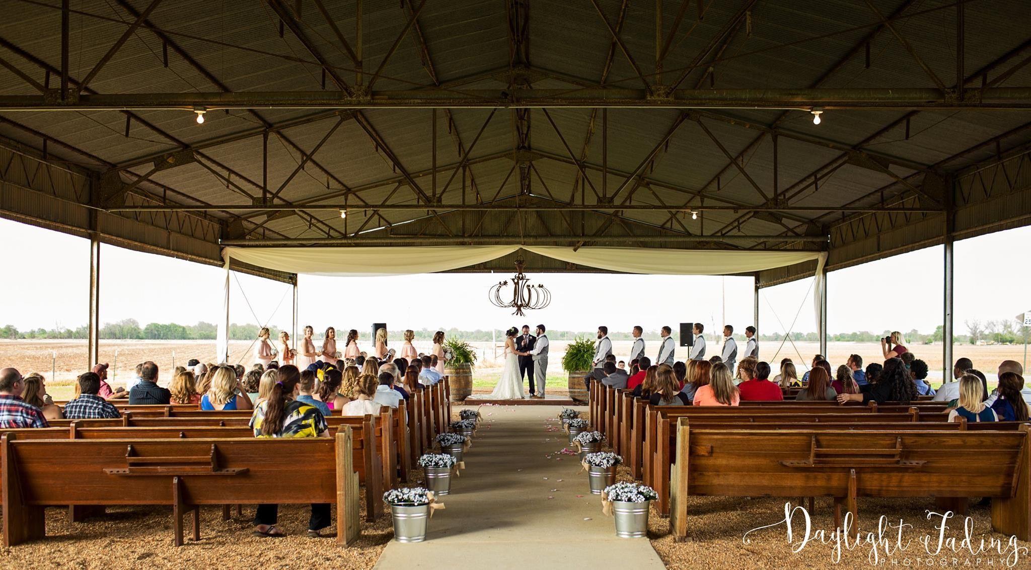 Wedding Ceremony At Dixie Gin In Shreveport Louisiana
