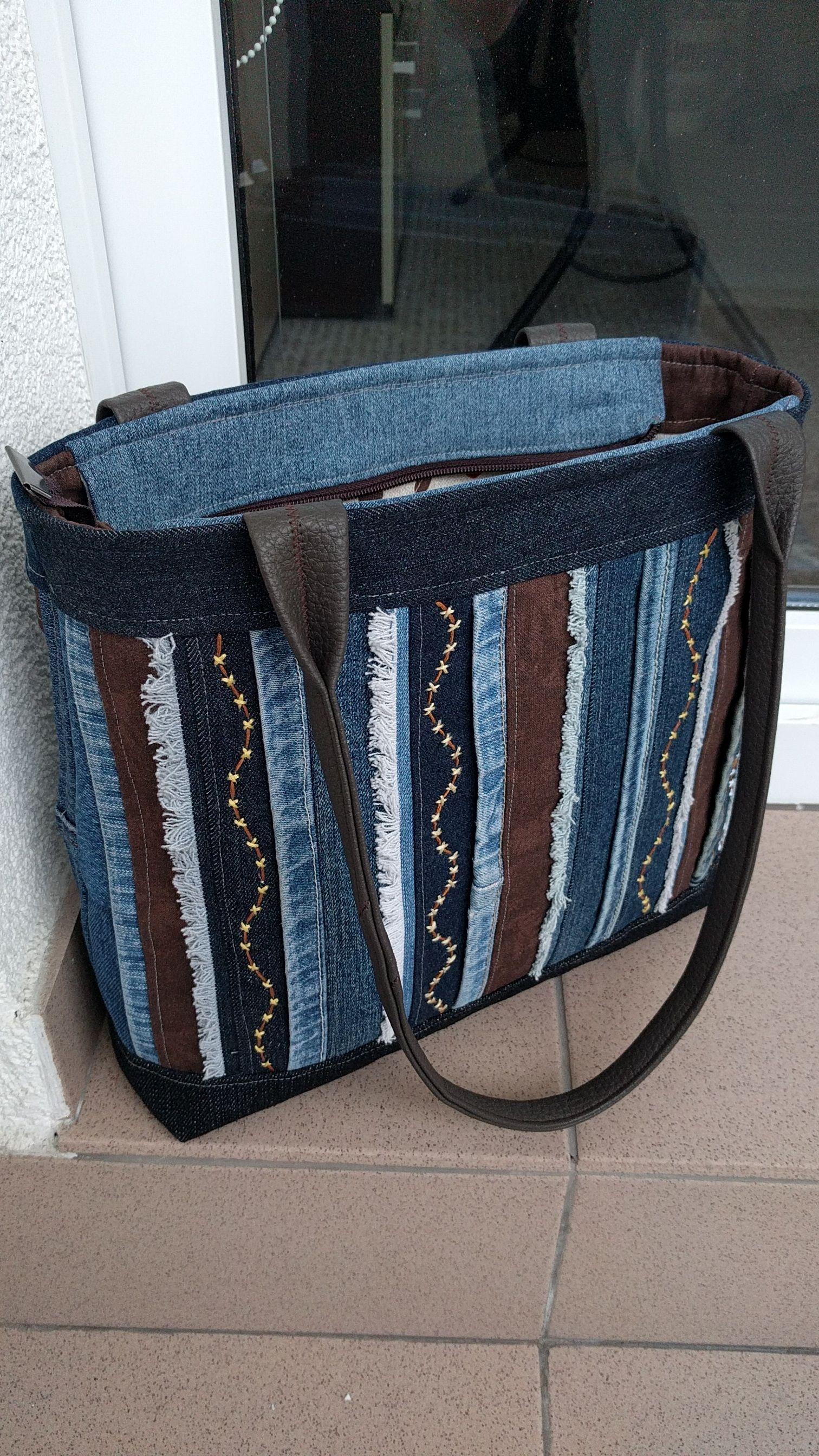 8b98ab0a5c Riflová+kabelka+s+pruhy+Krásná+riflová+kabelka+střední+velikosti +-+zaručený+originální+kousek.