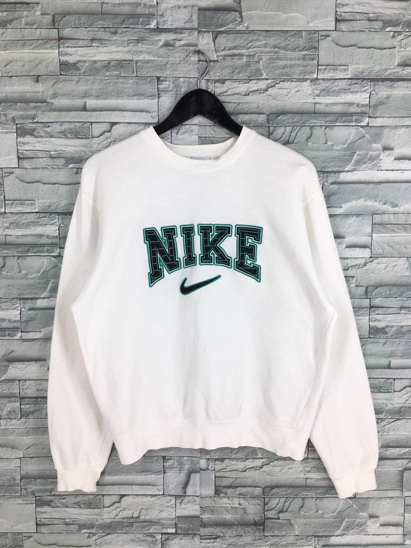 Vintage Nike Sweatshirt Pullover White Medium 90 S Nike Nikeclothes Vintage Nike Sweatshirt Pullover White Medium Nike Truien Nike Kleding Vintage Kleding [ 3000 x 2250 Pixel ]