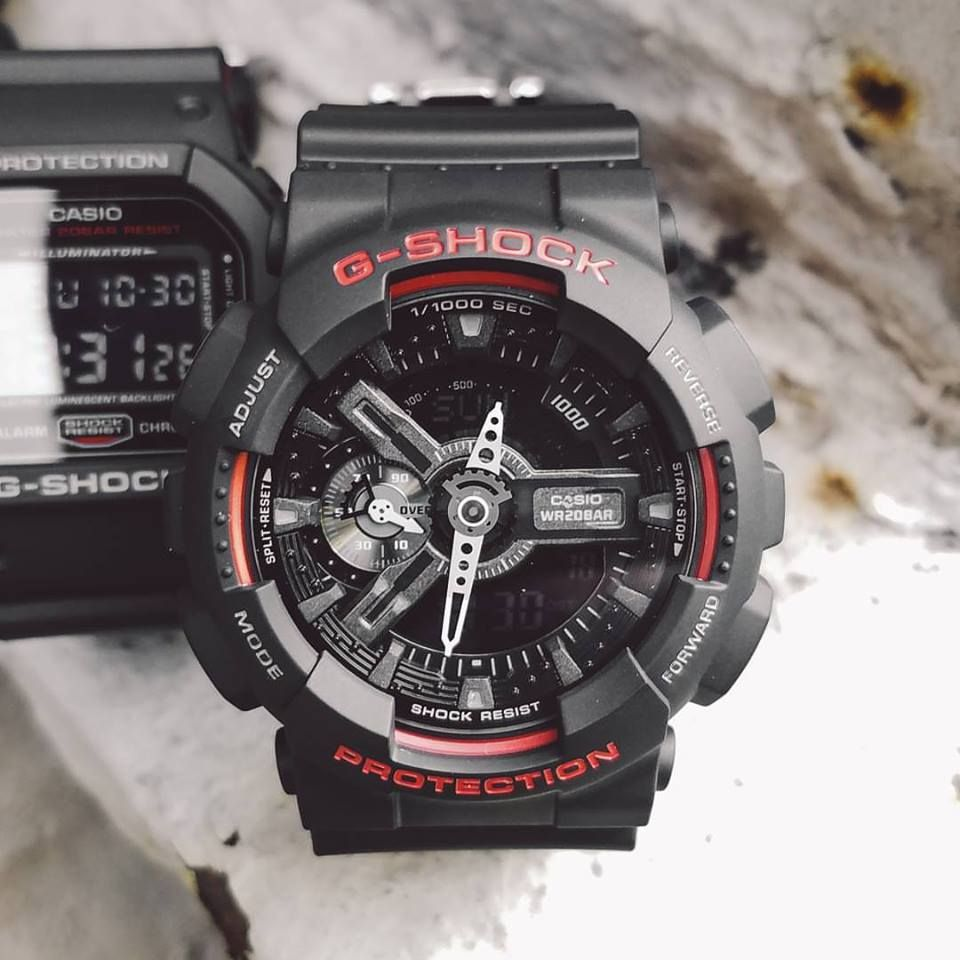 e56ac5d1012 live-photos-g-shock-ga-110hr-1a-dw-5600hr-1a-ga-400hr-1a-black-red-3
