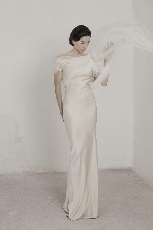 Alia bastamam wedding dress  Vestidos de Novia Cortana Pide tu cita online  Wedding dress