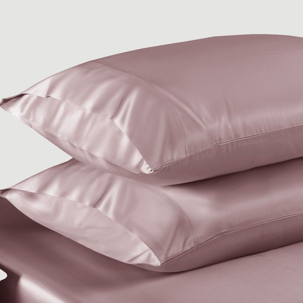 Does Sleeping On A Silk Pillowcase Prevent Wrinkles The Klog Silk Pillowcase Silk Duvet Cover Pillow Cases