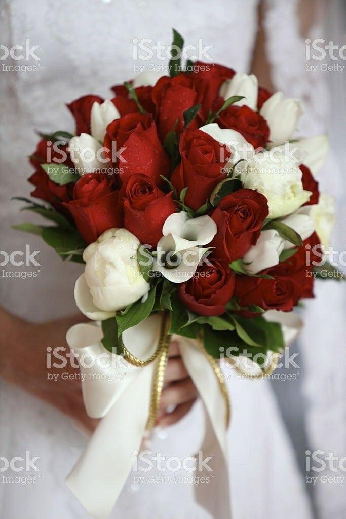 Holiday Christmas Wedding Bouquet Showcasing White Mini Calla