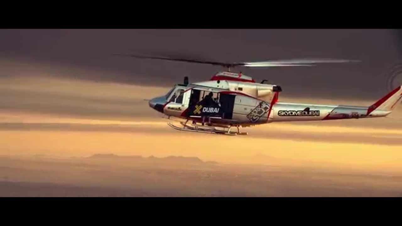 A Real-Life Iron Man: Man Wearing Jetpack and Wings Performs Aerobatic Aerial Maneuvers [VIDEO] - https://magazine.dashburst.com/video/jetpack-aerobatic-flight-yves-rossy/