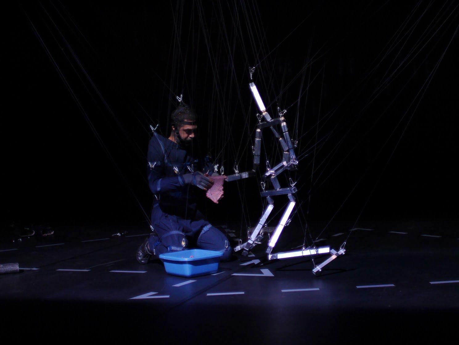 Ali Moini. Festival Montpellier Danse 2016. Un article de Marie-Christine Vernay dans délibéré