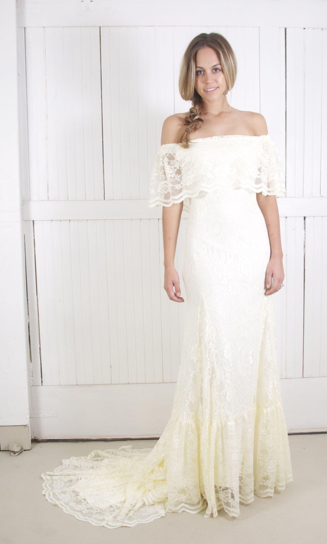 Winnie Sample Boho wedding dress, Bohemian beach