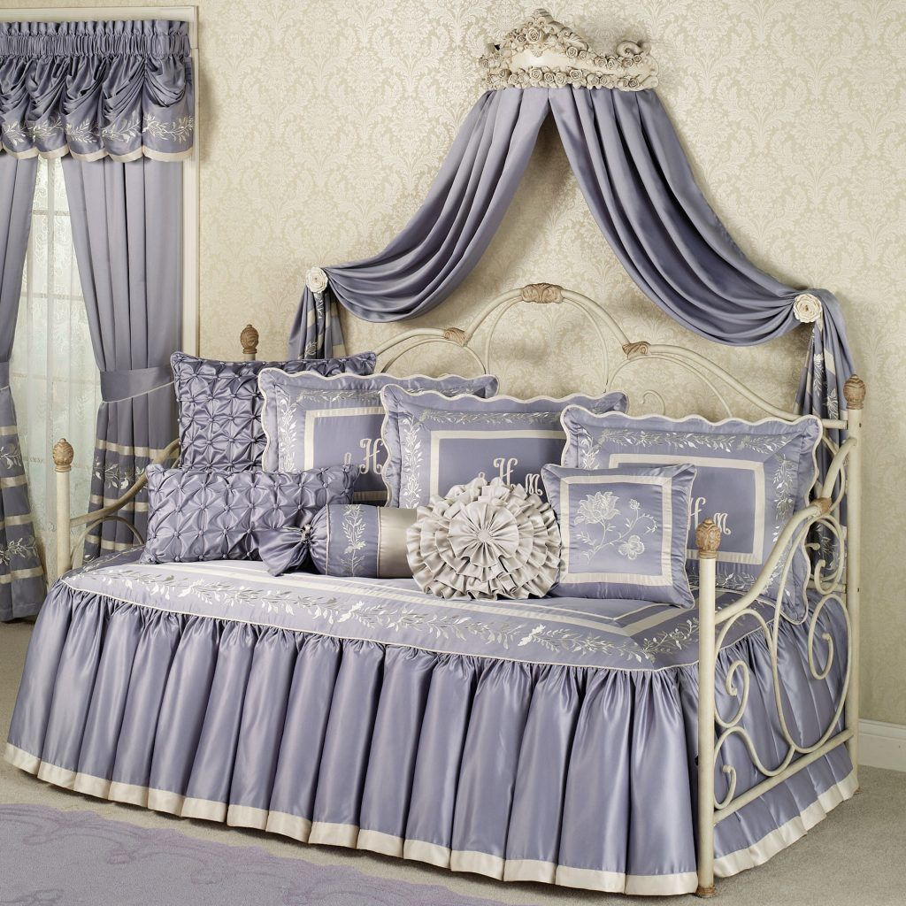 Daybed canopy ideas - Beautiful Daybed Covers Sets Modern Designs