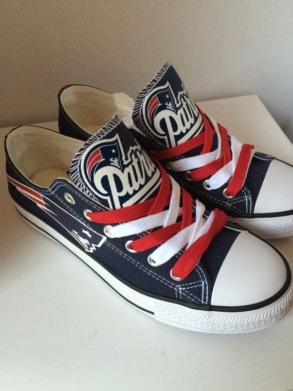 Chuck taylors, Tennis shoes