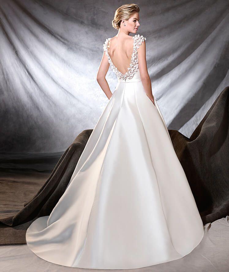 Pronovias 2017 'OTRE' #wedding Dress #stunning #bridal