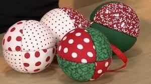 Resultado de imagem para bolas de natal em patchwork