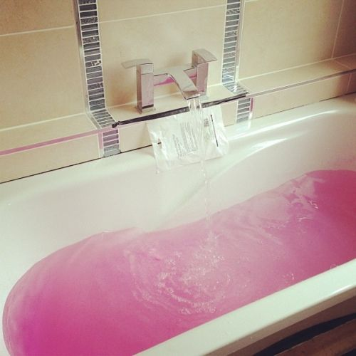 Bathe in PINK !