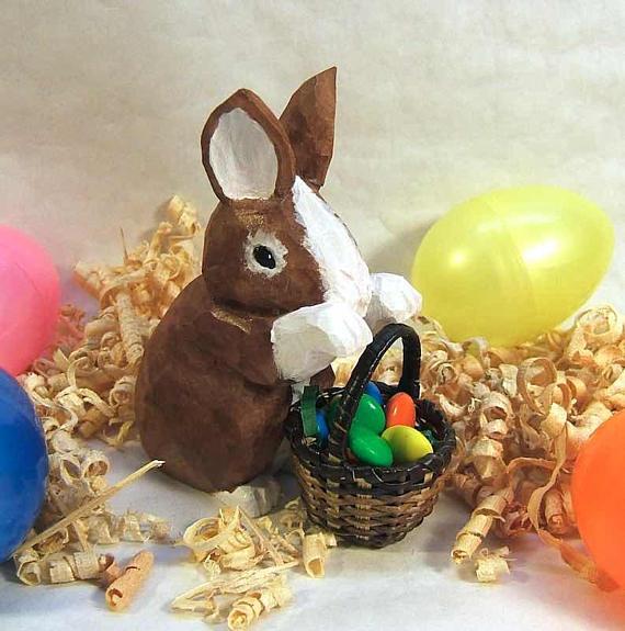 New Burton /& Burton Figurine Bunny Pushing Cart Easter