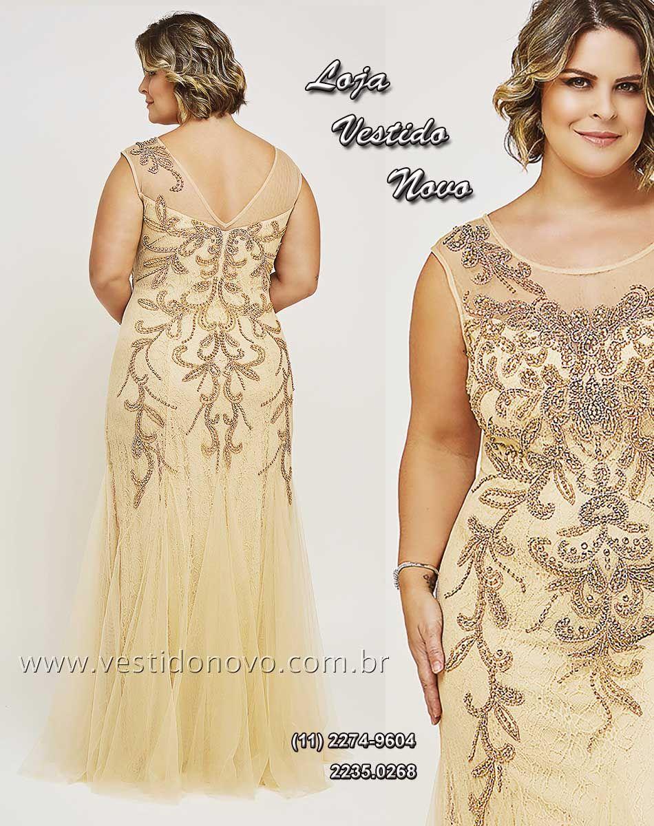 52ecf0d8bf822 Vestido Plus size mãe do noivo nude com dourado
