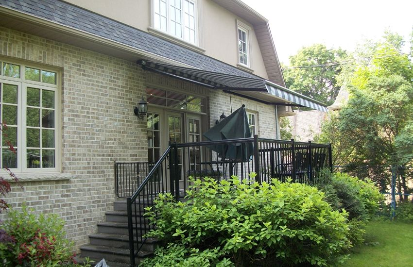 Awning Under The Soffit Rolltec Retractable Awnings Toronto Ontario Canada Retractable Awning Awning Residential