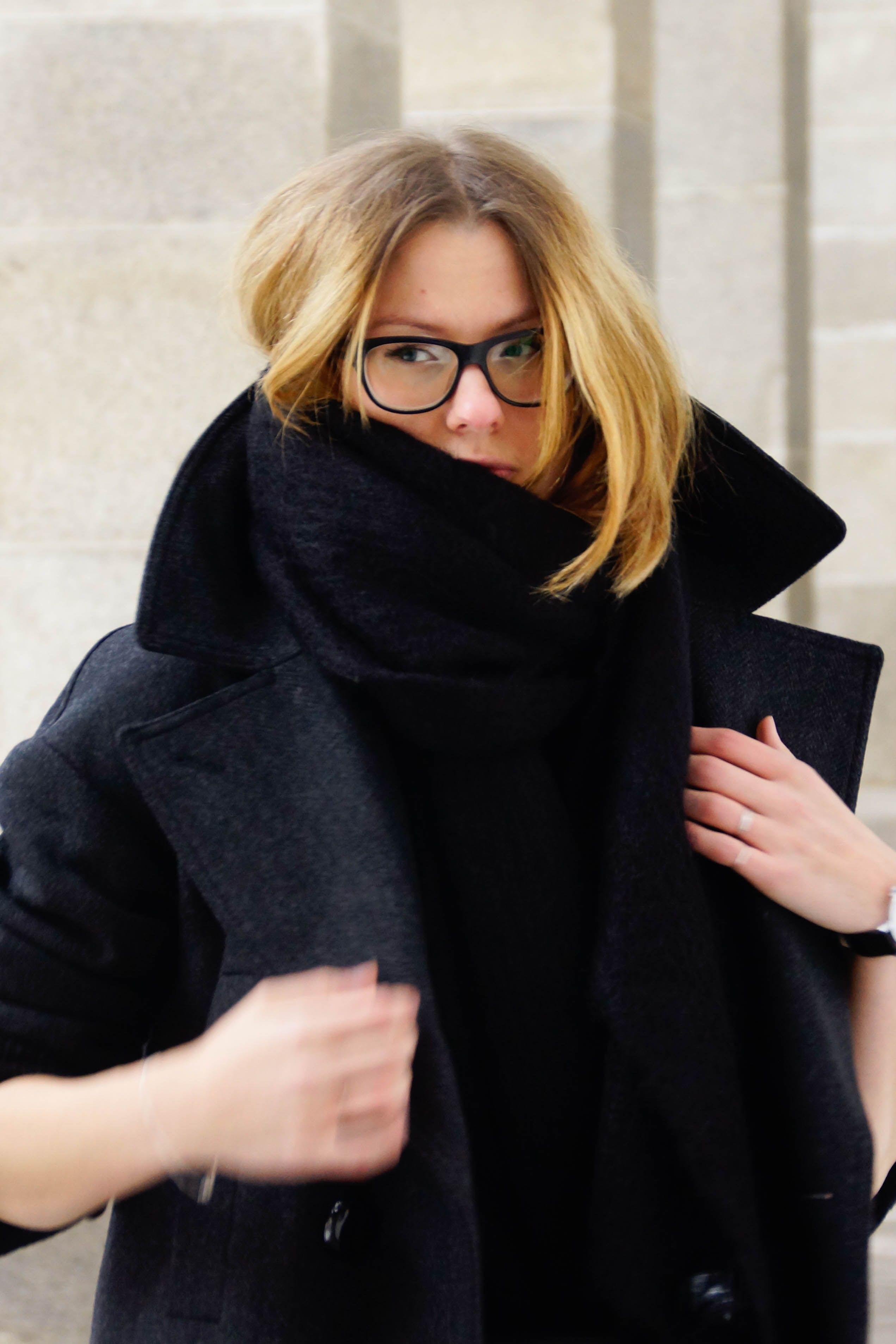 weekend uniform isabel marant pour hum coat hum men knit calzedonia leggings