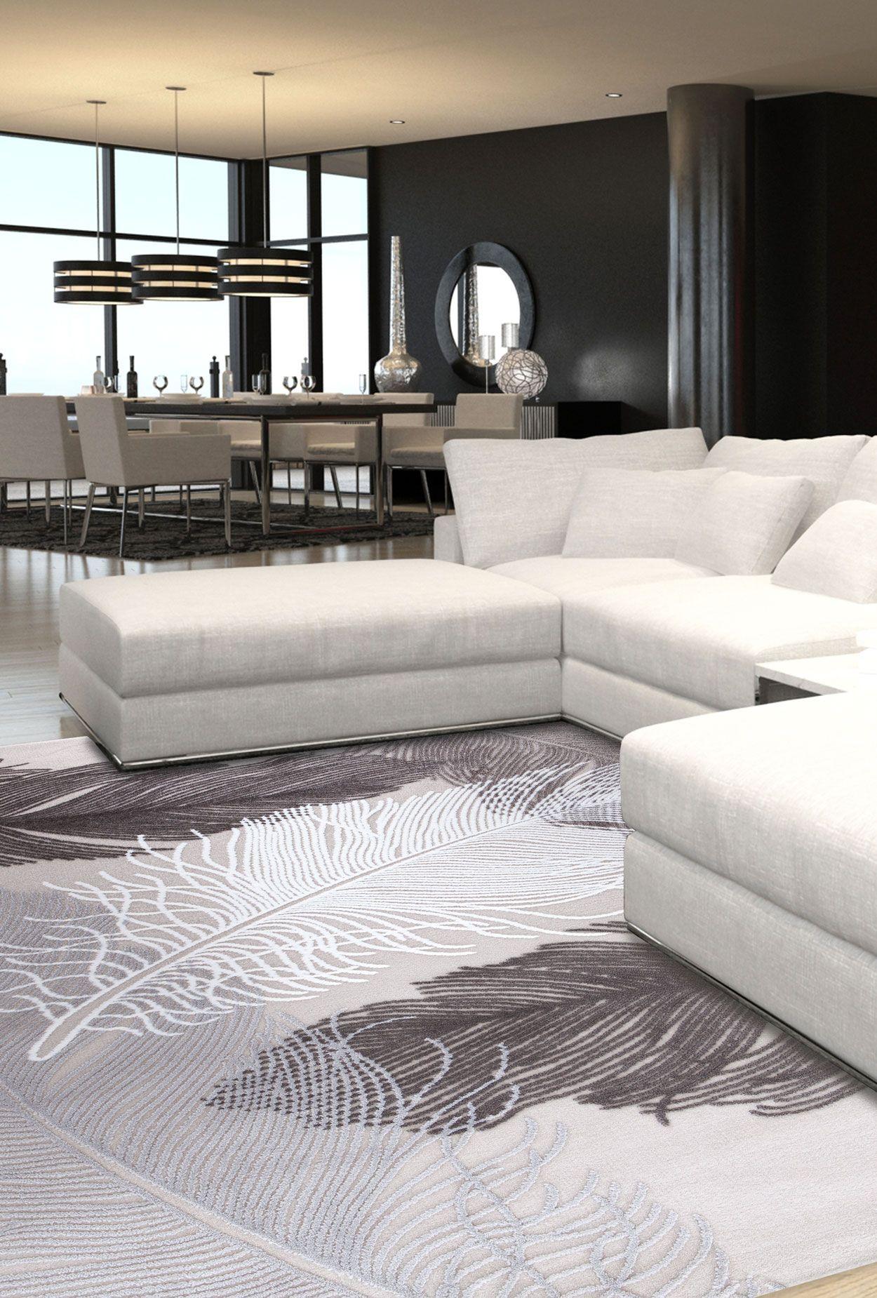 Dieser einfach gestaltete moderne Teppich in grau aus der ...