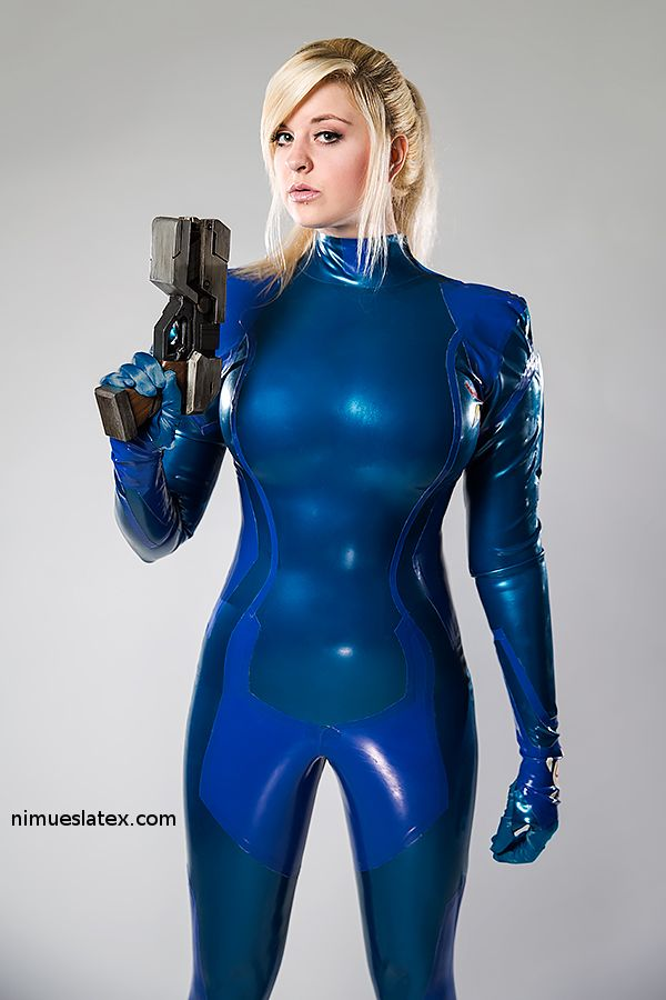 the completed samus zerosuit in latex model ai tenshi misha