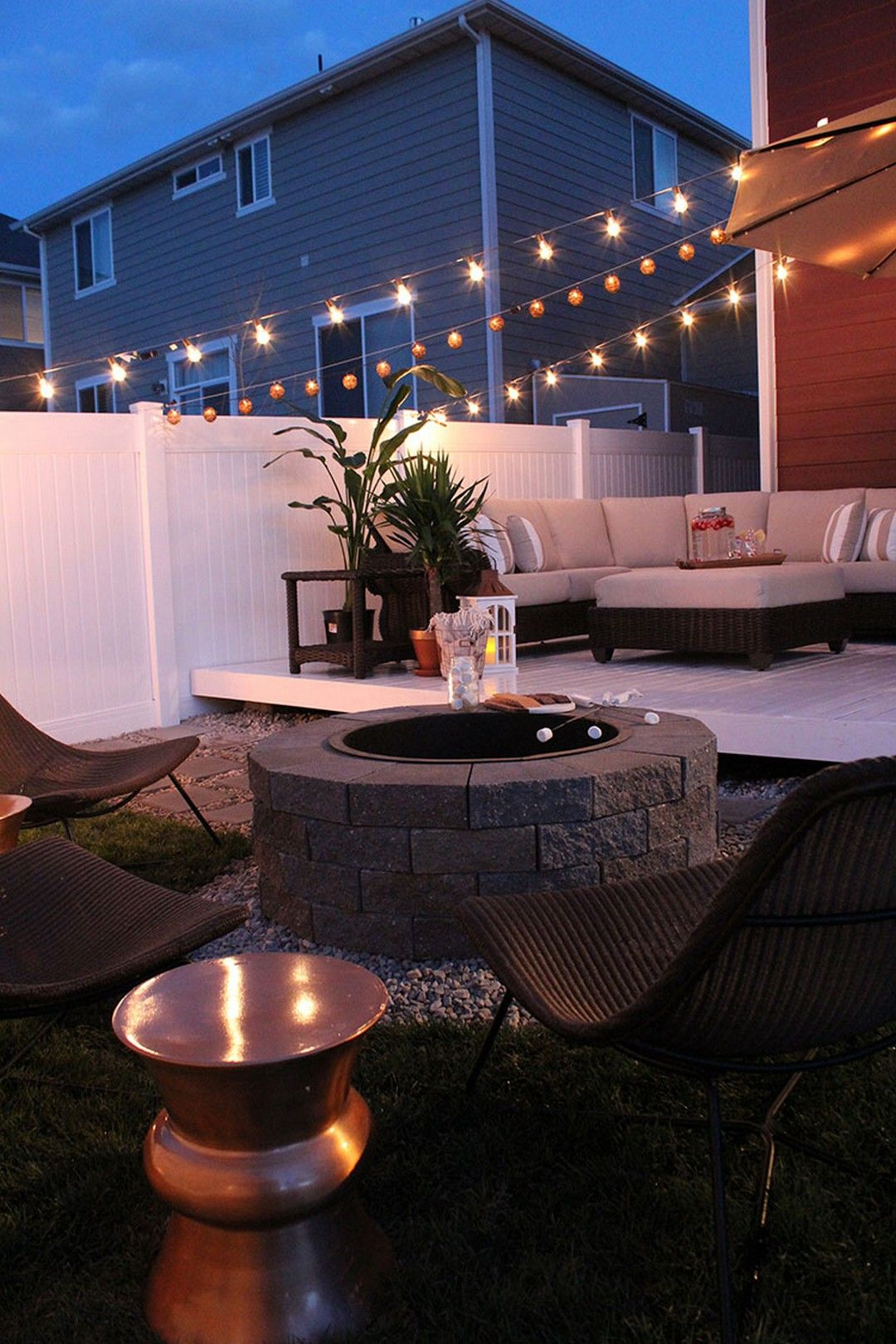 102 DIY Simple Small Backyard on a Budget Makeovers Ideas ... on Simple Patio Ideas On A Budget id=17668