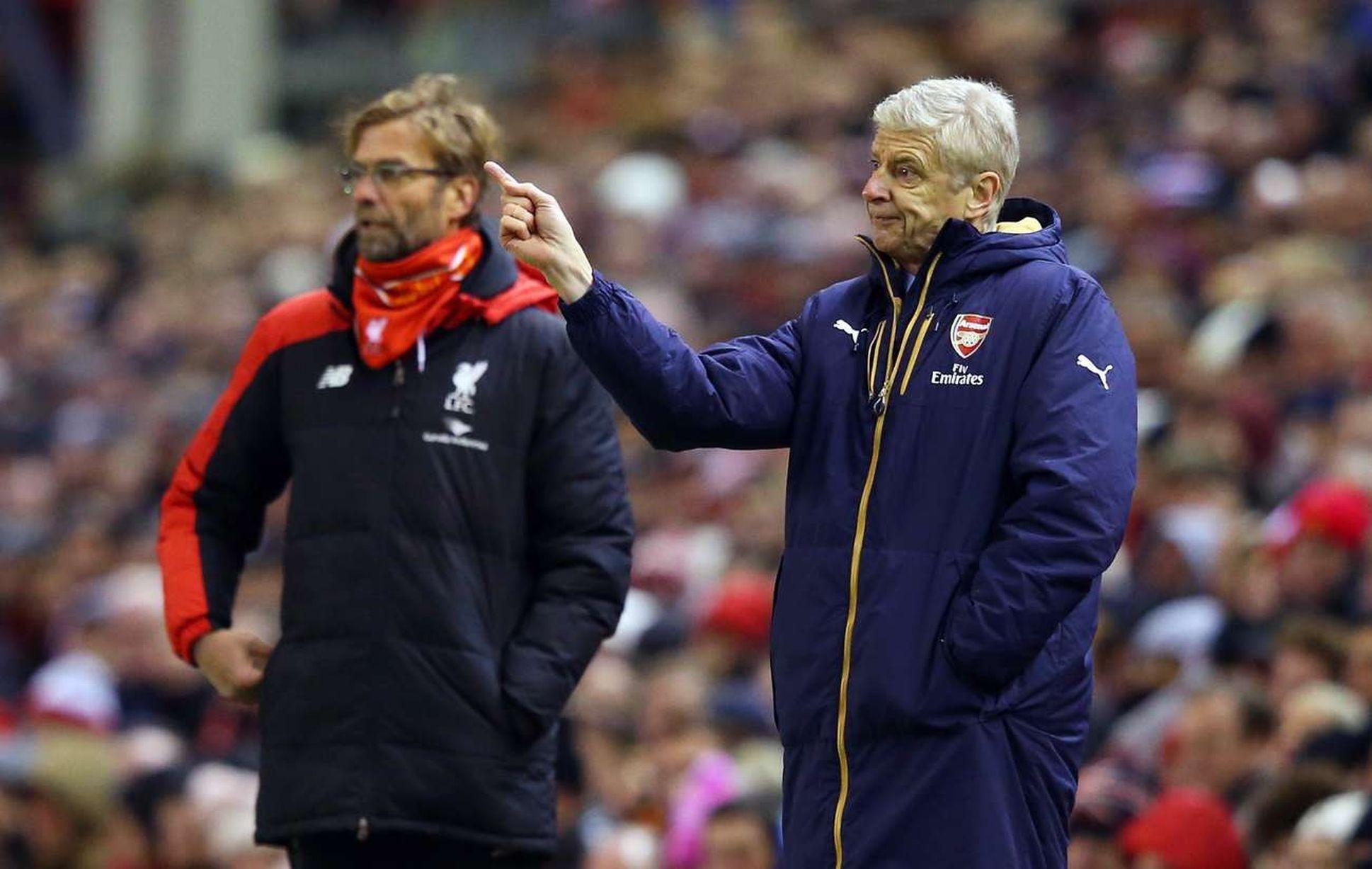 ปักพินในบอร์ด YNWA.. Liverpool FC