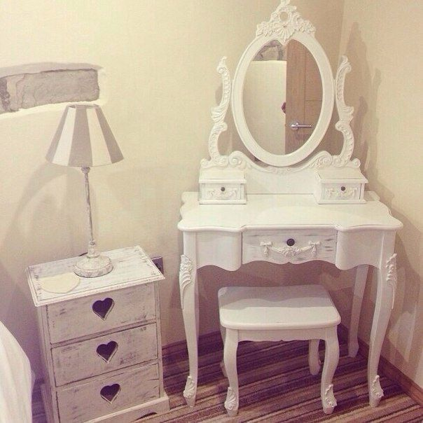 diy vanity for little girl. Vanity for the Guest room  must be white http cs14106 vk me c616221 v616221272 1147d TrF6OrPW9 E jpg