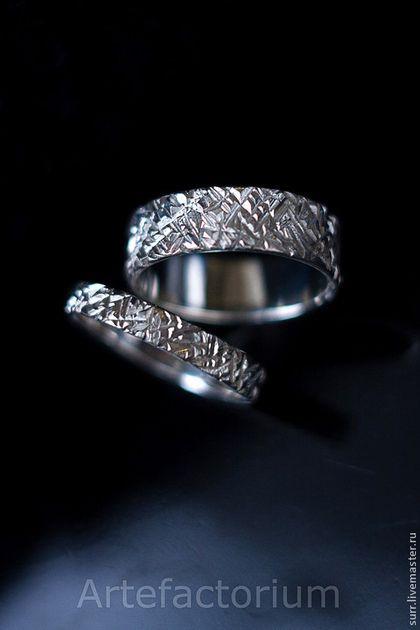 ee9558001c4b Свадебные украшения ручной работы. 73. Обручальные кольца из белого золота.  Мастерская `Артефакториум`. Ярмарка мастеров.