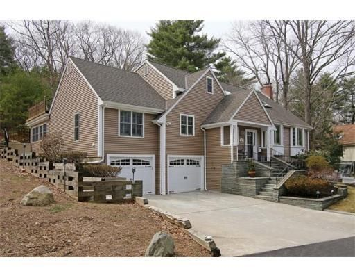 187 Union St, Hingham, MA, Massachusetts 02043. This is a tremendous value for Hingham! Very deceiving home with a great floor plan for family/guests/entertaining! Almost everything has been renovated in the past few years!