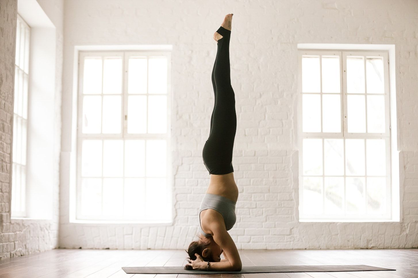 10 Reasons to Do a Headstand Every Day