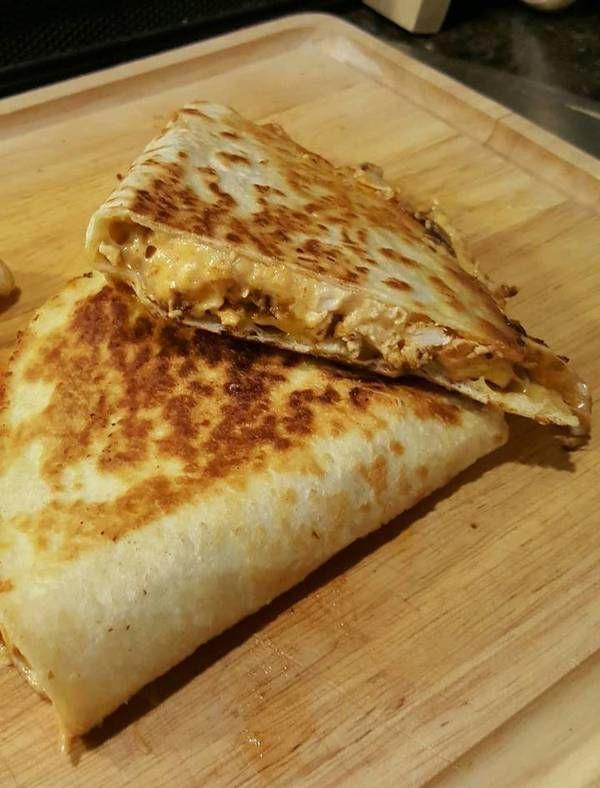 Better Than Taco Bell Quesadilla Copycat Recipe By Stephiecancook Recipe Mexican Food Recipes Recipes Taco Bell Quesadilla