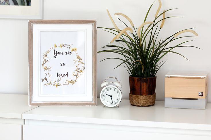 DIY Lettering Bild mit gepressten Blumen. Ich zeige dir wie du ganz einfach ein …
