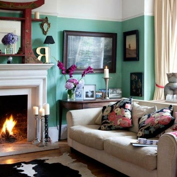wohnzimmer modern gestalten - wände in weiß und türkis farbe - wohnzimmer gestalten rot