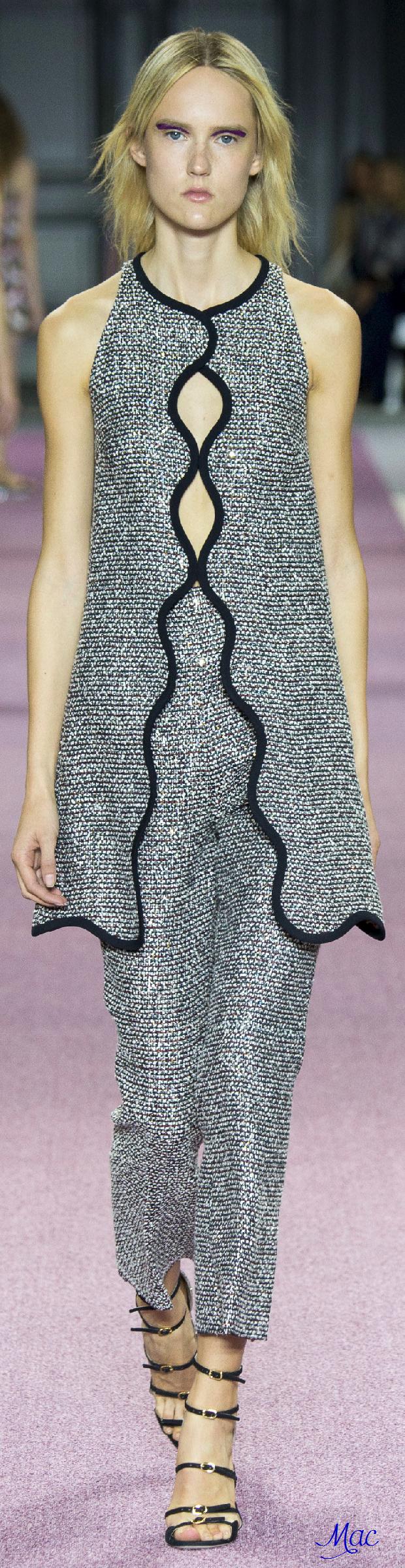 Spring 2016 Ready-to-Wear Giambattista Valli