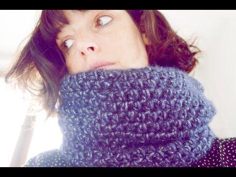Snood double au crochet - YouTube   écharpes - châles - étoles crochet 046fc67b42b