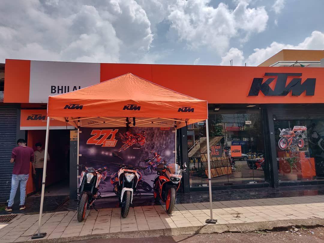 Ktm Racing Ready To Race Happy Navratri 2k19 Ktmindia Official Ktmrcfans Ktmfam Ktmracing Bhilai Ig Navratri2k19 Ktmbikes Iitbhilai Risali Rid