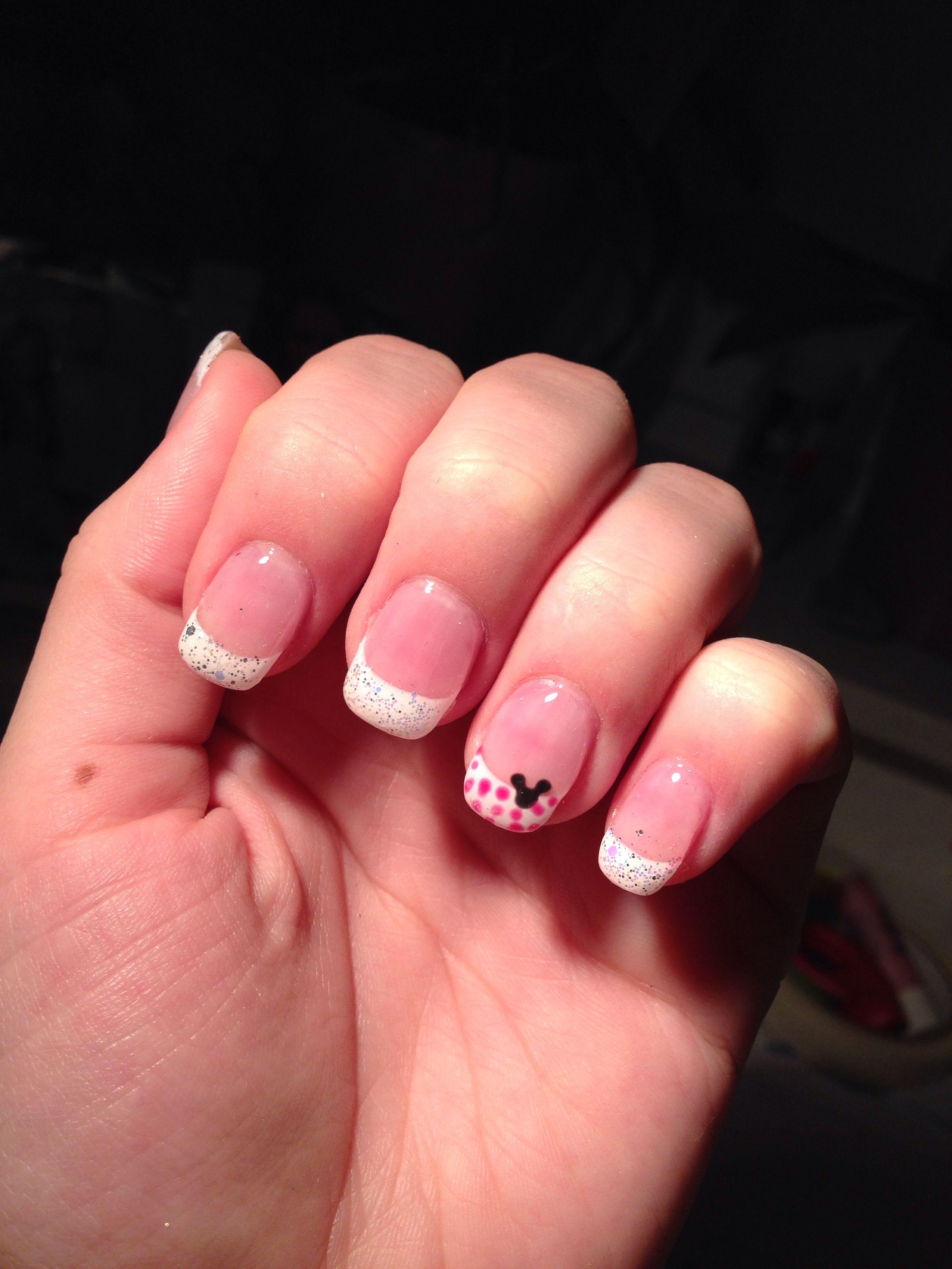 Mickey mouse nails 3.3.14 ; pretty nail shop gel | Meine Gel-Nägel ...