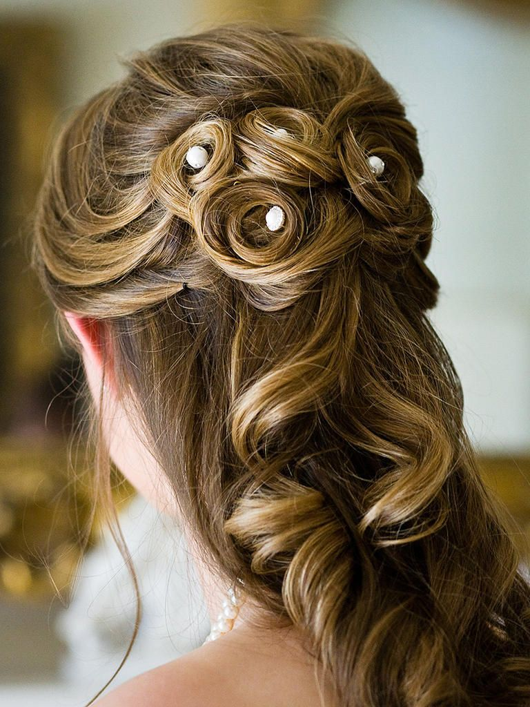 Add a small, sparkly touch to an intricate ringlet curls hairstyle by using gemstone hairpins.